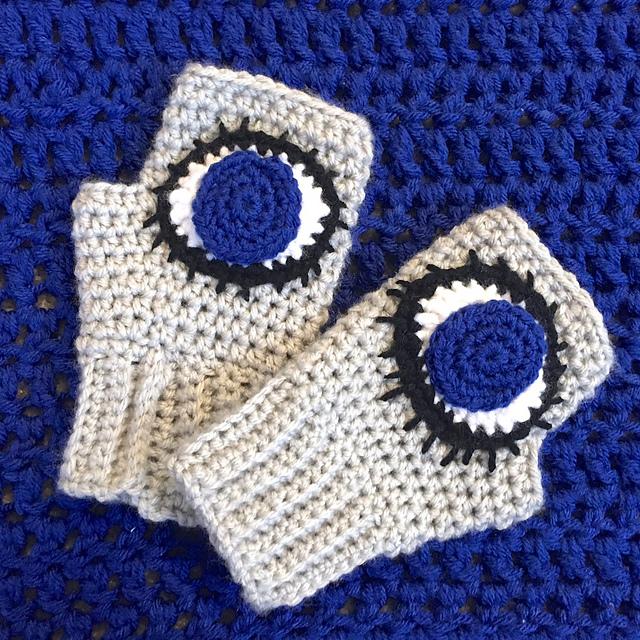 Evil Eye Crochet Applique Pattern by Tugboat Yarning