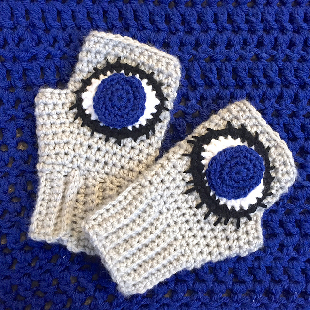 Evil Eye Crochet Applique Pattern by Tugboat Yarning